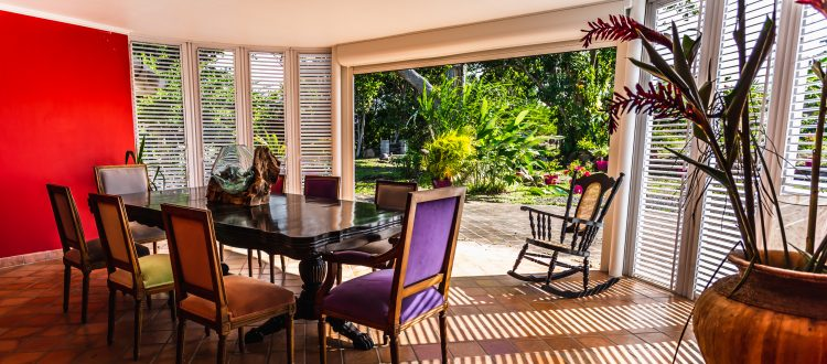 Villa Le Plessis salle à manger