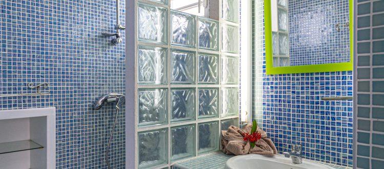 Villa Le Plessis Salle de bains2 | Villas Ti Créole | Hébergement Vacances Guadeloupe